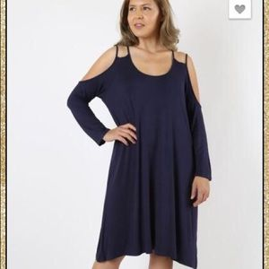 Dresses & Skirts - 'Give It Time' Navy Dress (CURVY)